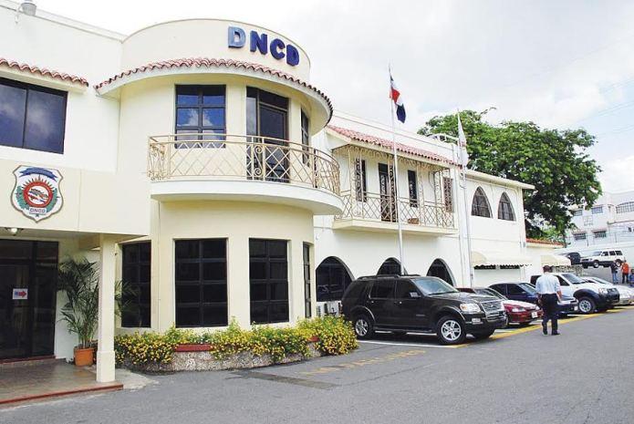 La DNCD indicó que aún busca a los puertorriqueños Vladimir Natera Abreu y Josel Rivera Verdejo, este último con una orden reciente de captura internacional, emitida por las autoridades boricuas