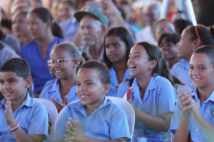 La Vega: Danilo Medina entrega dos centros educativos y una escuela vocacional para más de 3,500 estudiantes