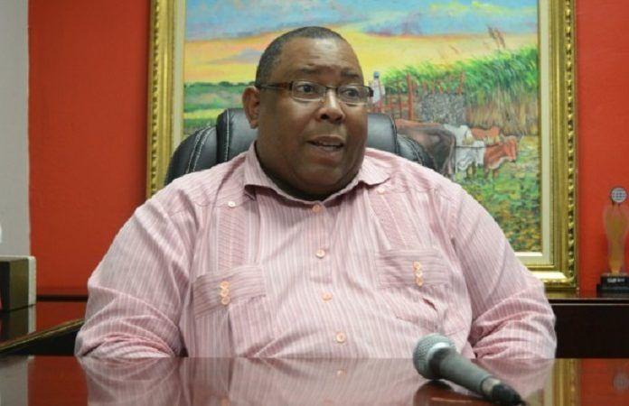 Ex presidente de comercio llama a mantener los precios de canasta ante sequia