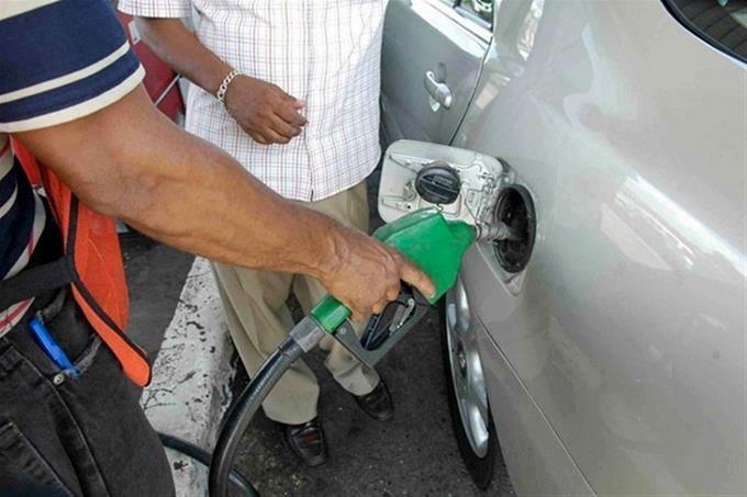 Suben precios de los dos tipos de gasolina y dejan sin variación el GLP