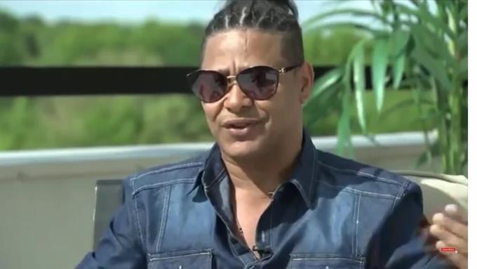 El Jeffrey dice la TV dominicana este llena de prostitutas