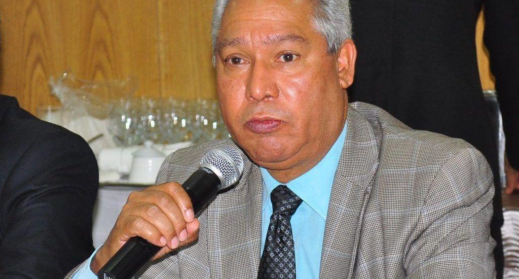 """Isidoro Santana dice enfrentó """"muchas trabas"""" como Ministro de Economía"""