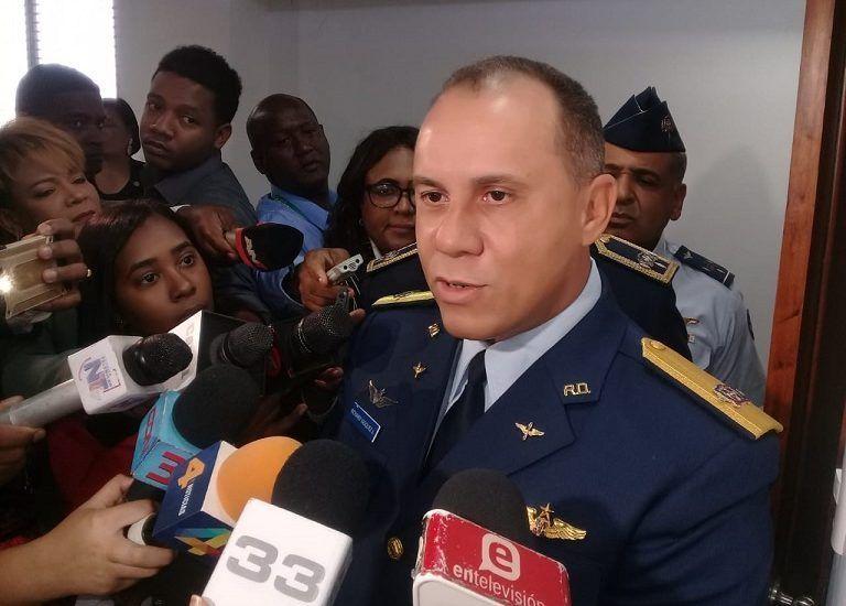 Jefe de la Fuerza Aérea aclara no eran televisores los que avioneta de la institución cargaba