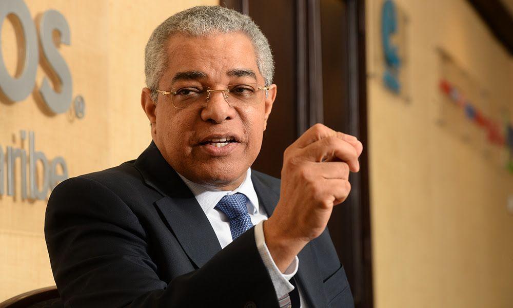 El director de Presupuesto, Luis Reyes, da positivo al coronavirus imagen