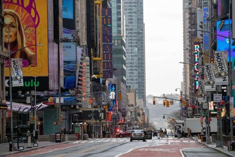 Nueva York lucha con coronavirus; EEUU suma 1.000 muertes