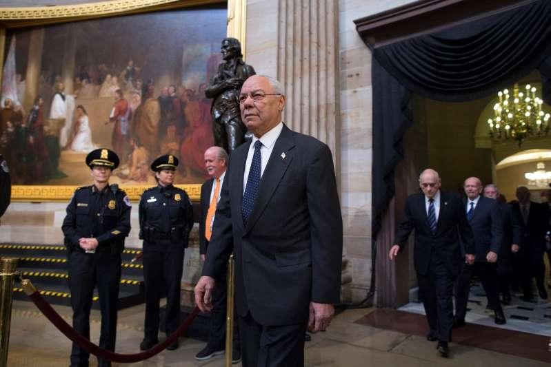 Exsecretario Powell anuncia que votará por Biden y desata la ira de Trump