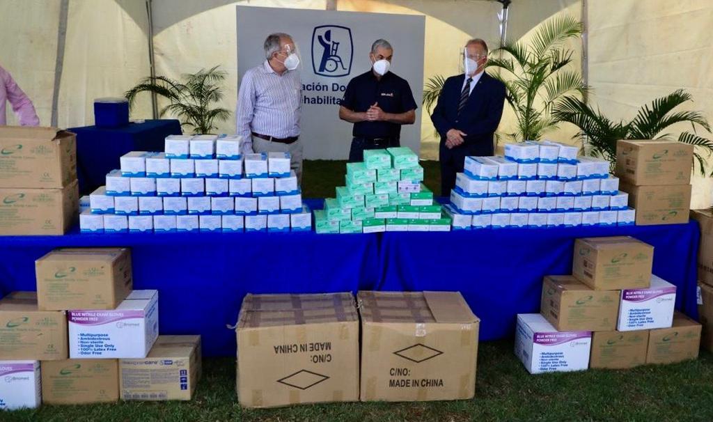 Gonzalo dona 20 mil mascarillas y guantes Asociación de Rehabilitación
