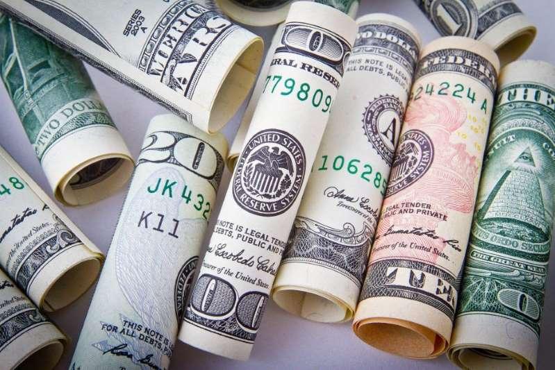 Hasta 15 millones de personas no han recibido aún su cheque de estímulo económico