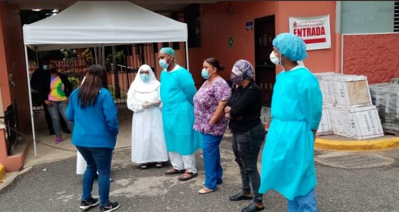 La directora del Conape, Nathali María, precisó que investiga la situación y los motivos por los cuales el centro no había notificado ninguna novedad a la institución.