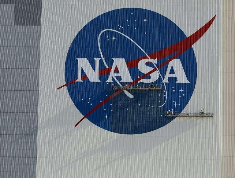 La campaña para la reelección del presidente de Estados Unidos, Donald Trump, filmó una publicidad electoral que muestra el lanzamiento de SpaceX el sábado pasado y a los astronautas que tripularon esa misión, en aparente violación de las regulaciones de la NASA, informaron de los medios. El video, titulado