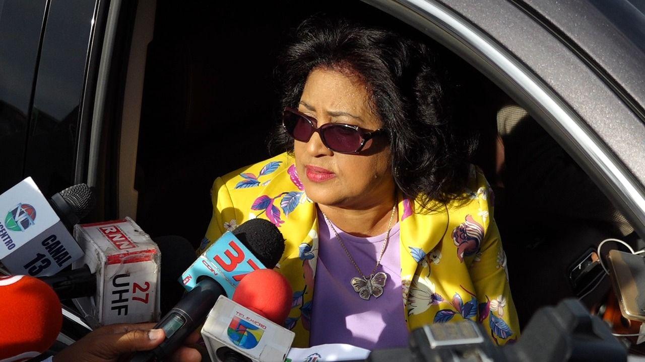 La encuesta establece una cómoda ventaja para Cristina Lizardo frente a su competidor por la Senaduría de la Provincia Santo Domingo, una diferencia de 22 puntos porcentuales delimita la distancia entre la actual Senadora y el empresario Antonio Taveras Guzmán, del Partido Revolucionario Moderno.