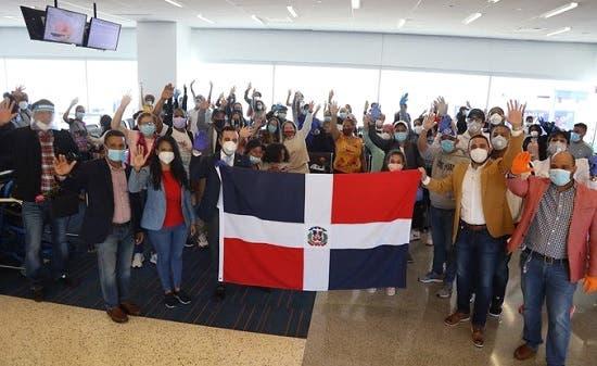 Mayor cantidad de dominicanos varados en 36 países y enviados a RD proceden de Nueva York