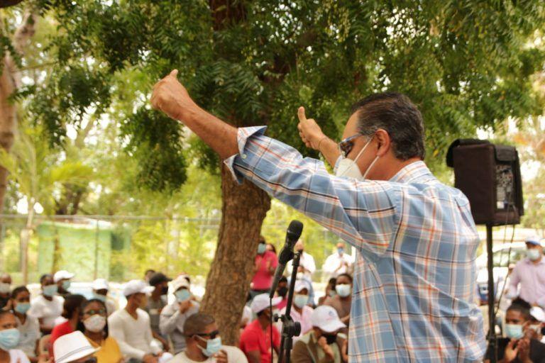 Sector Externo de Abinader juramenta cientos de expeledeístas en el Sur
