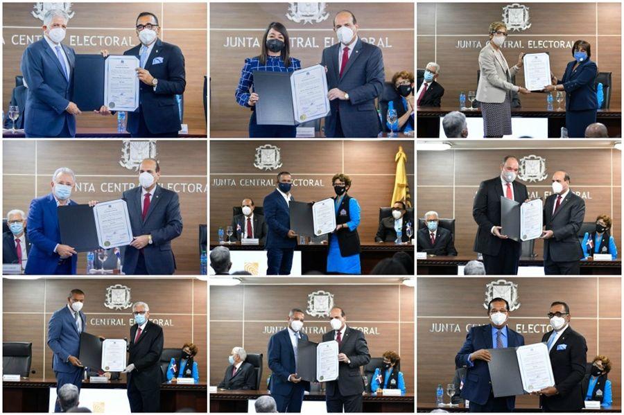 Senadores reciben sus certificados de elección