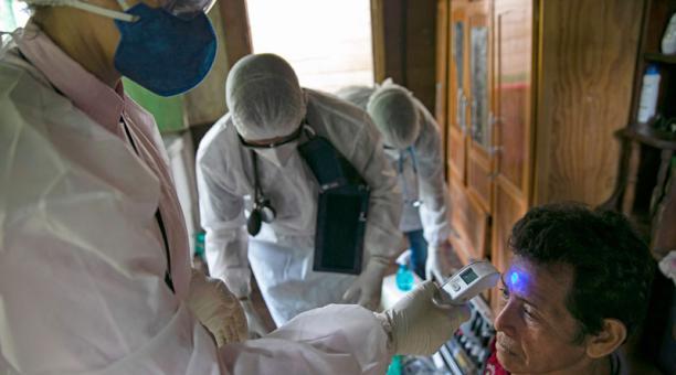 Se disparan los casos del coronavirus en los Estados Unidos, Brasil y la India