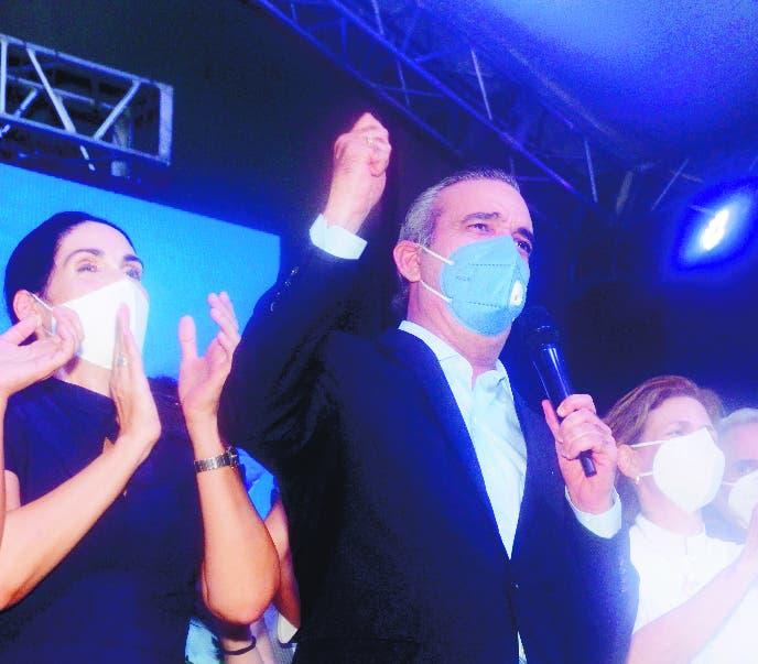 Abinader promete un gobierno honesto y transparente