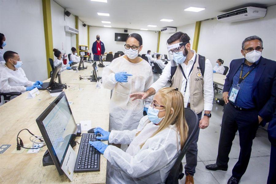 JCE realiza prueba en centro de digitalización para dar respaldo a juntas electorales del exterior
