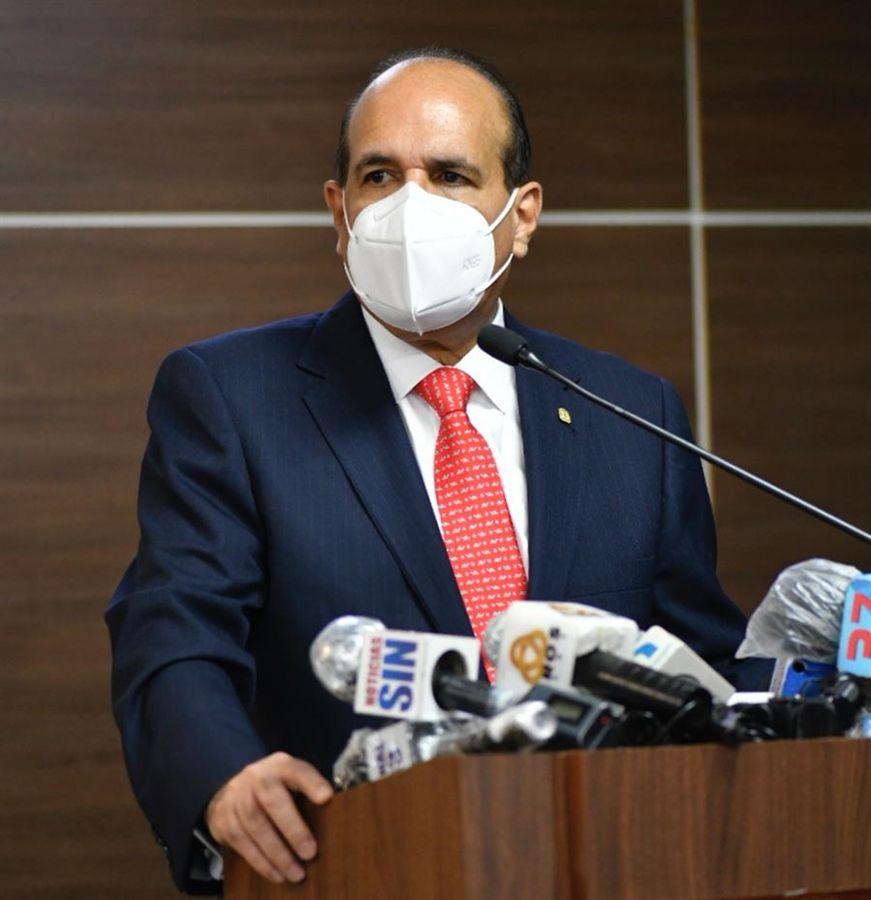 Julio César Castaños Guzmán exhorta también a los partidos políticos a contribuir con la paz y tranquilidad del proceso