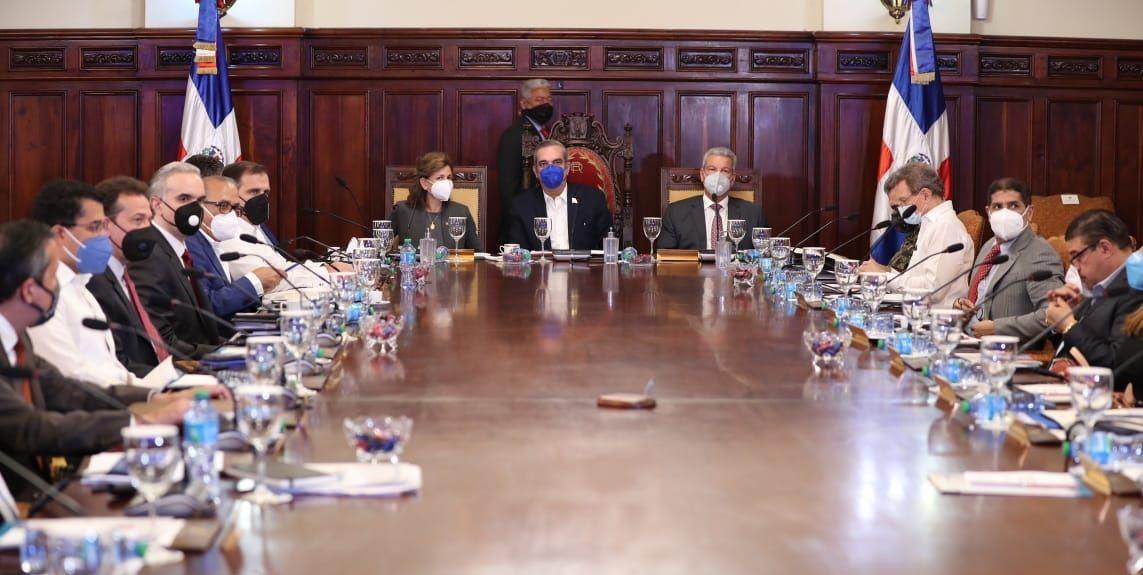 Consejo de Ministros trata sobre las directrices «básicas» de presupuestos