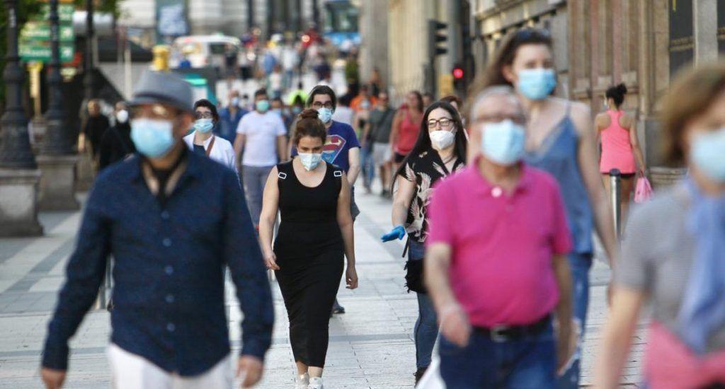España notifica 3,607 casos de COVID en 24 horas, la mayoría en Madrid