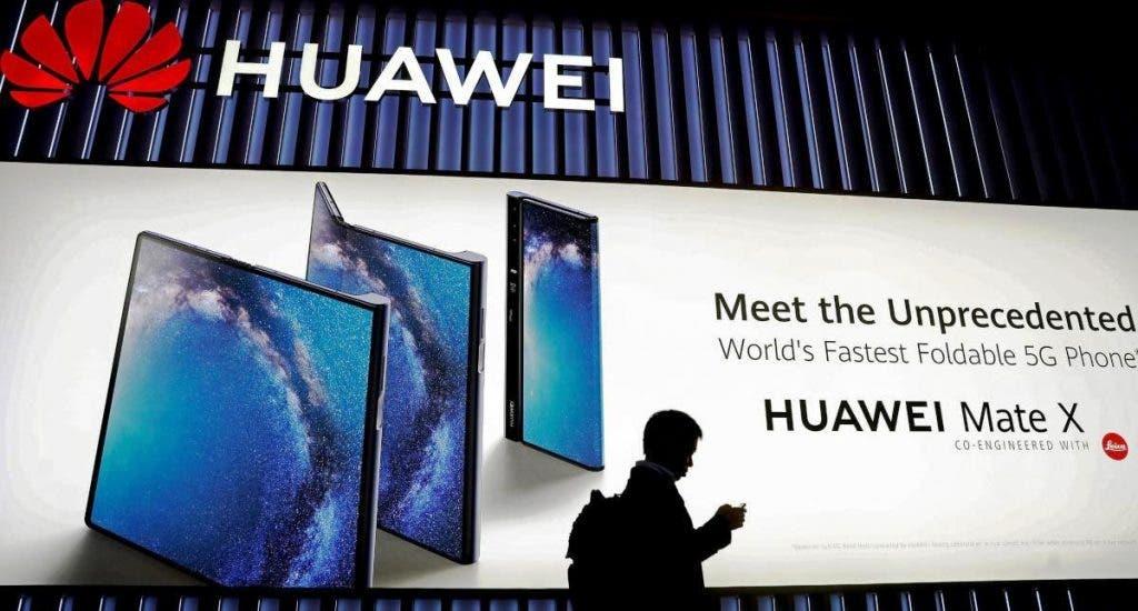"""Huawei reconoce que lucha por sobrevivir ante la """"incesante agresión"""" de EEUU"""