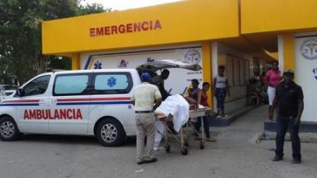 Mujer de 76 años resulta herida tras caer de mata de guayaba en SPM