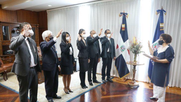 Miriam Germán Brito juramente a procuradores adjuntos. Fuente externa.