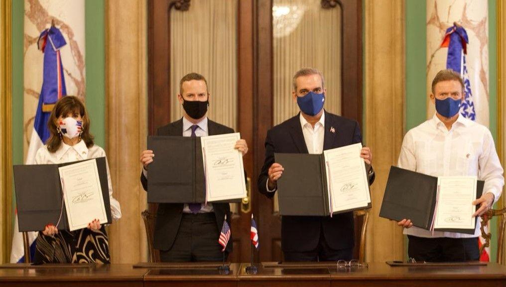 RD firma acuerdo con EE. UU. que le permitirá tener acceso a unos dos mil millones de dólares