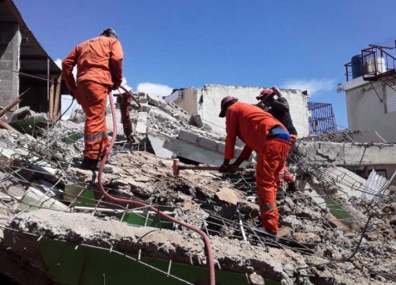 Dos niños de 5 y 9 años de edad entre heridos por derrumbre en Los Mameyes