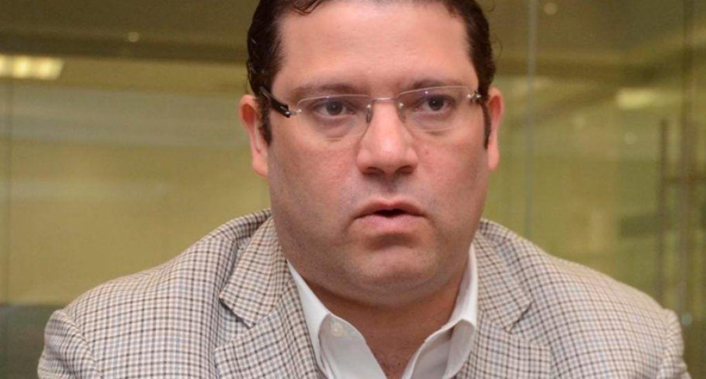 Director de Aduanas, Eduardo Sanz Lovatón, revela dio positivo a COVID-19