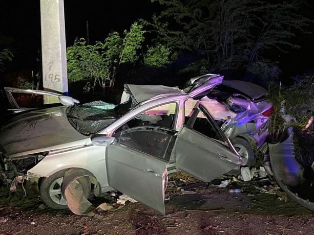 Los cuatro jóvenes muertos esta madrugada en un accidente en Baní tienen entre 21 y 25 años. fuente externa