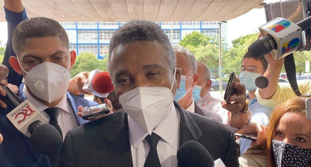 """Félix Bautista a su salida de la PGR: """"Me sentí muy tranquilo"""". Fuente externa."""