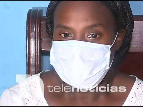 Yulissa Cuevas, madre de la niña Yubeski Batista Cuevas,