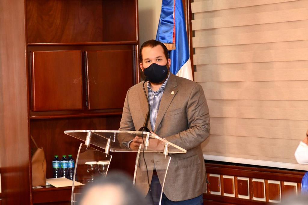 Diputado Orlando Jorge se opropone al cobrar 3% de impuesto a transacciones en moneda extranjera