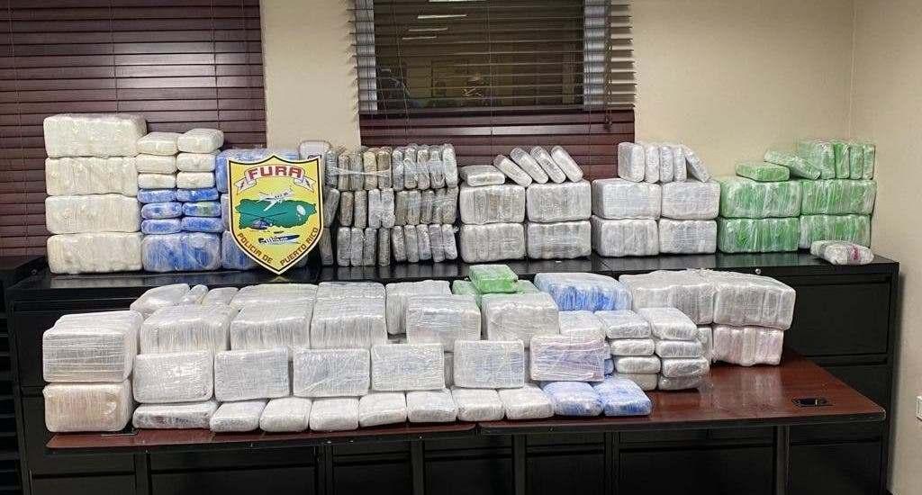 Autoridades puertorriqueñas apresan a cinco dominicanos y ocupan 418 kilos de cocaína