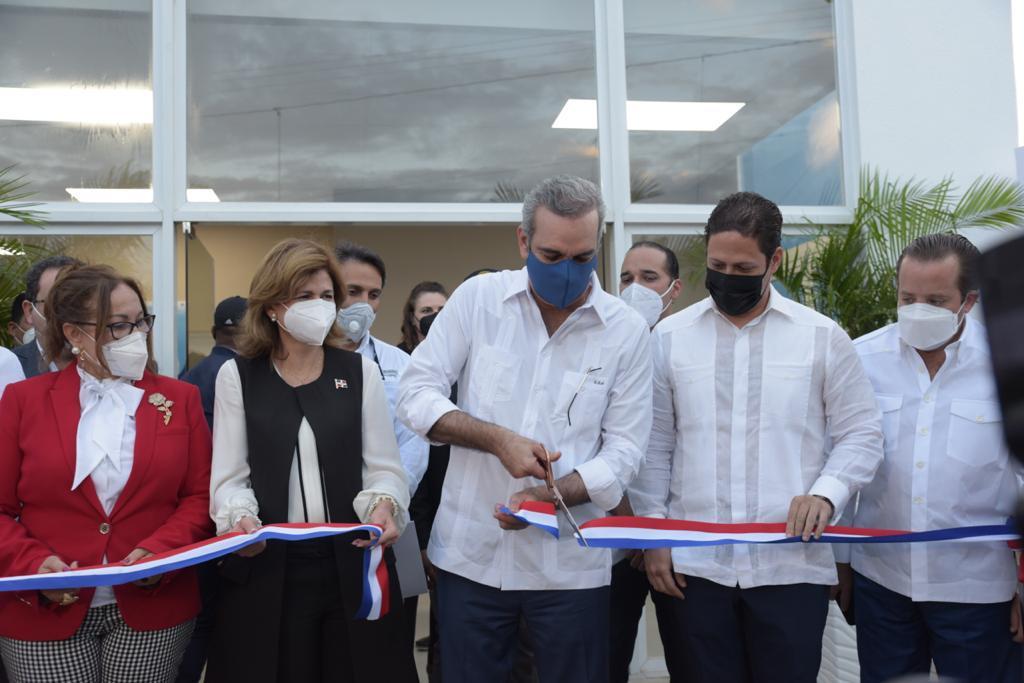 Los habitantes de Santiago recibirán atención médica de calidad, sin que tengan que trasladarse a otras provincias en busca de servicios de salud.