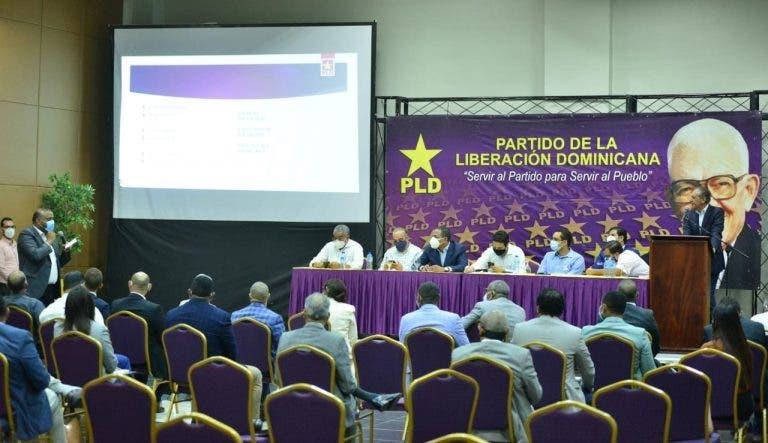 El ex presidente Danilo Medina calificó como atropellante la forma en que fueron arrestados por las autoridades del Ministerio Público los ex funcionarios de su gobierno, entre ellos sus dos hermanos, uno de los cuales fue acusado de tener privilegios en los procesos de contrataciones públicas del Estado. Fuente externa