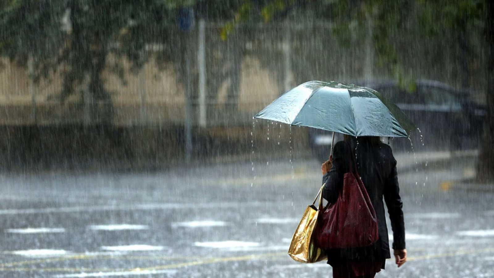 Onamet pronostica vaguada y onda tropical entre lunes y miércoles. Fuente externa.