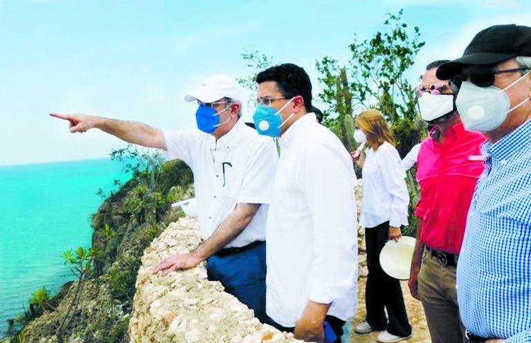 Abinader crea el Fideicomiso Pro-Pedernales para impulsar el desarrollo turístico de esa provincia. FUENTE EXTERNA.