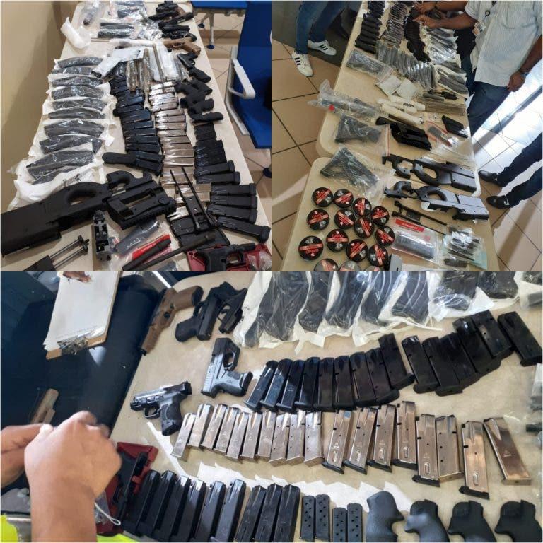 Ocupan armas y municiones en Aeropuerto Internacional del Cibao