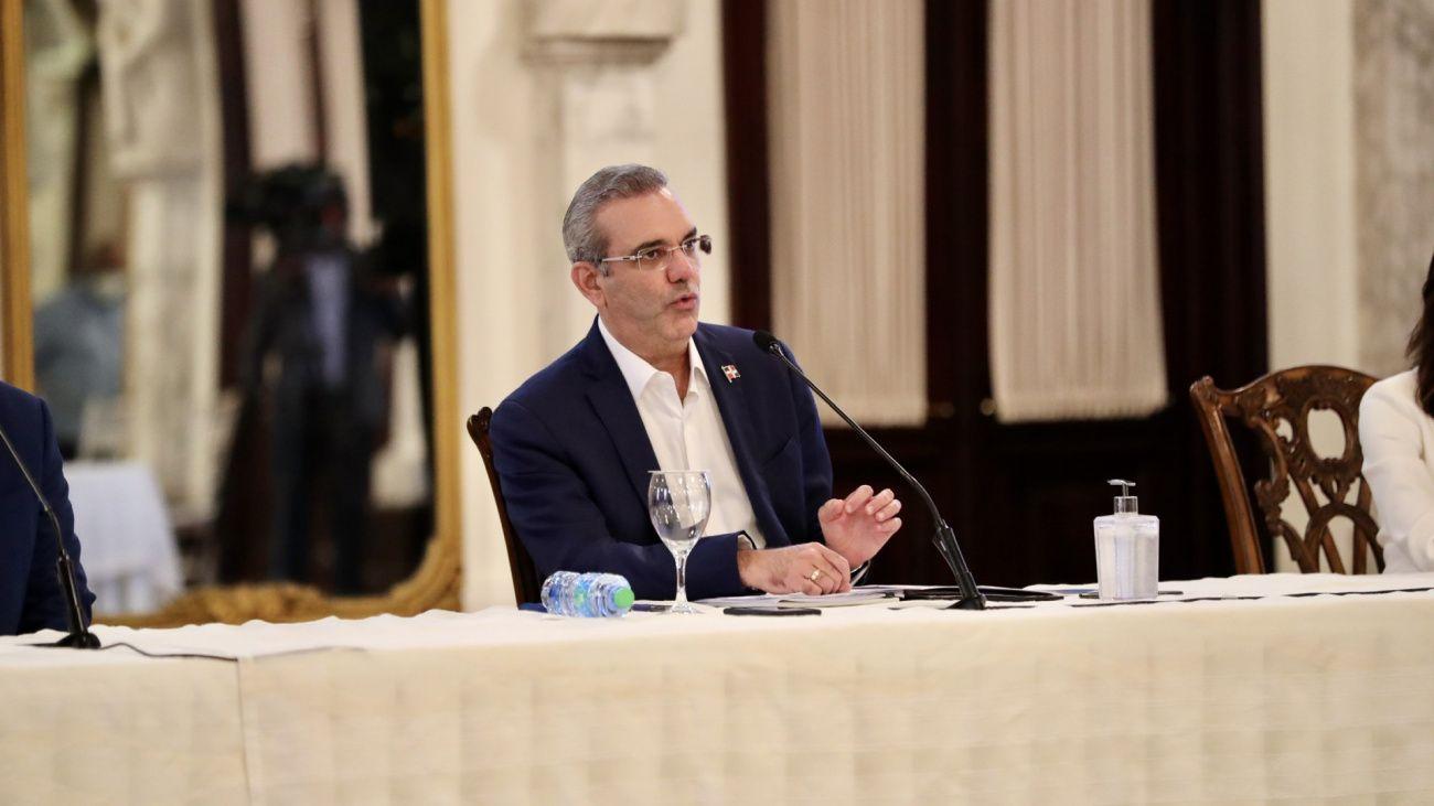 Abinader mantiene vigencia exenciones e incentivos fiscales a empresas régimen de Desarrollo Fronterizo