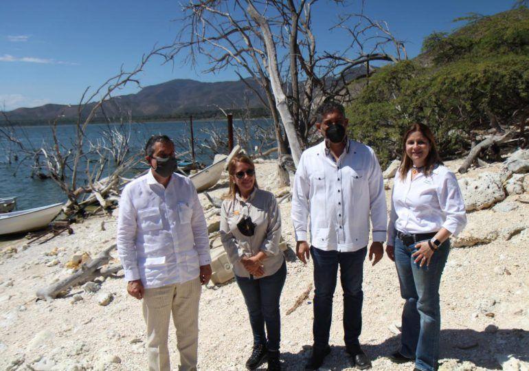 Lanzan proyecto de turismo sostenible en el Parque Nacional Lago Enriquillo