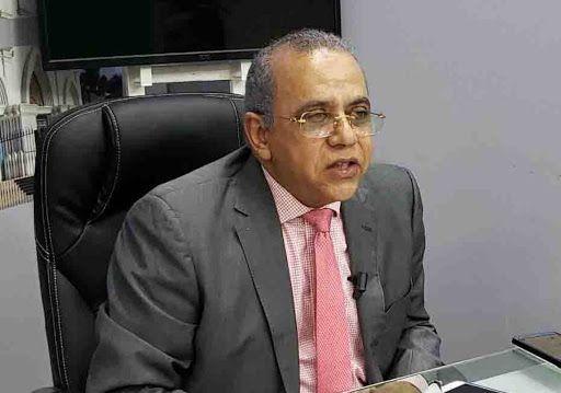 Presidente Abinader destituye a Plutarco Arias como ministro de Salud Pública