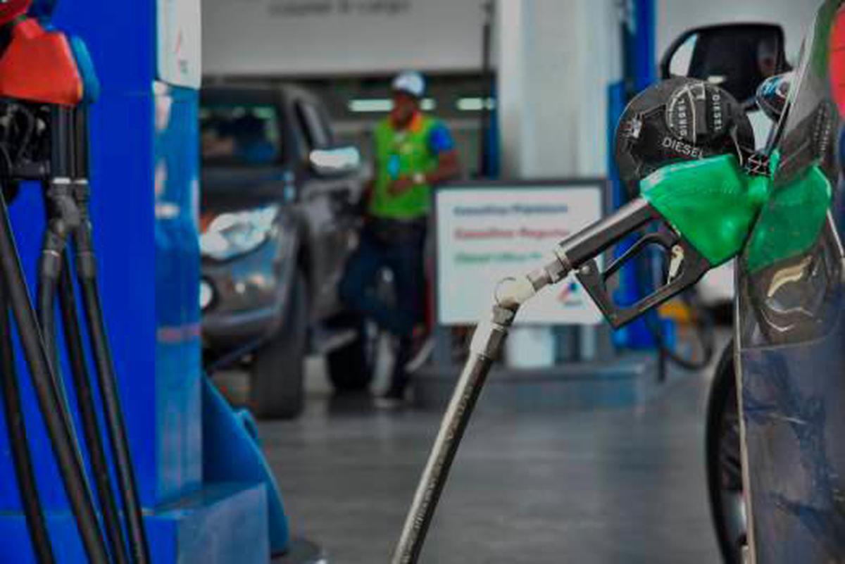Gobierno congela el precio de todos los combustibles para esta semana
