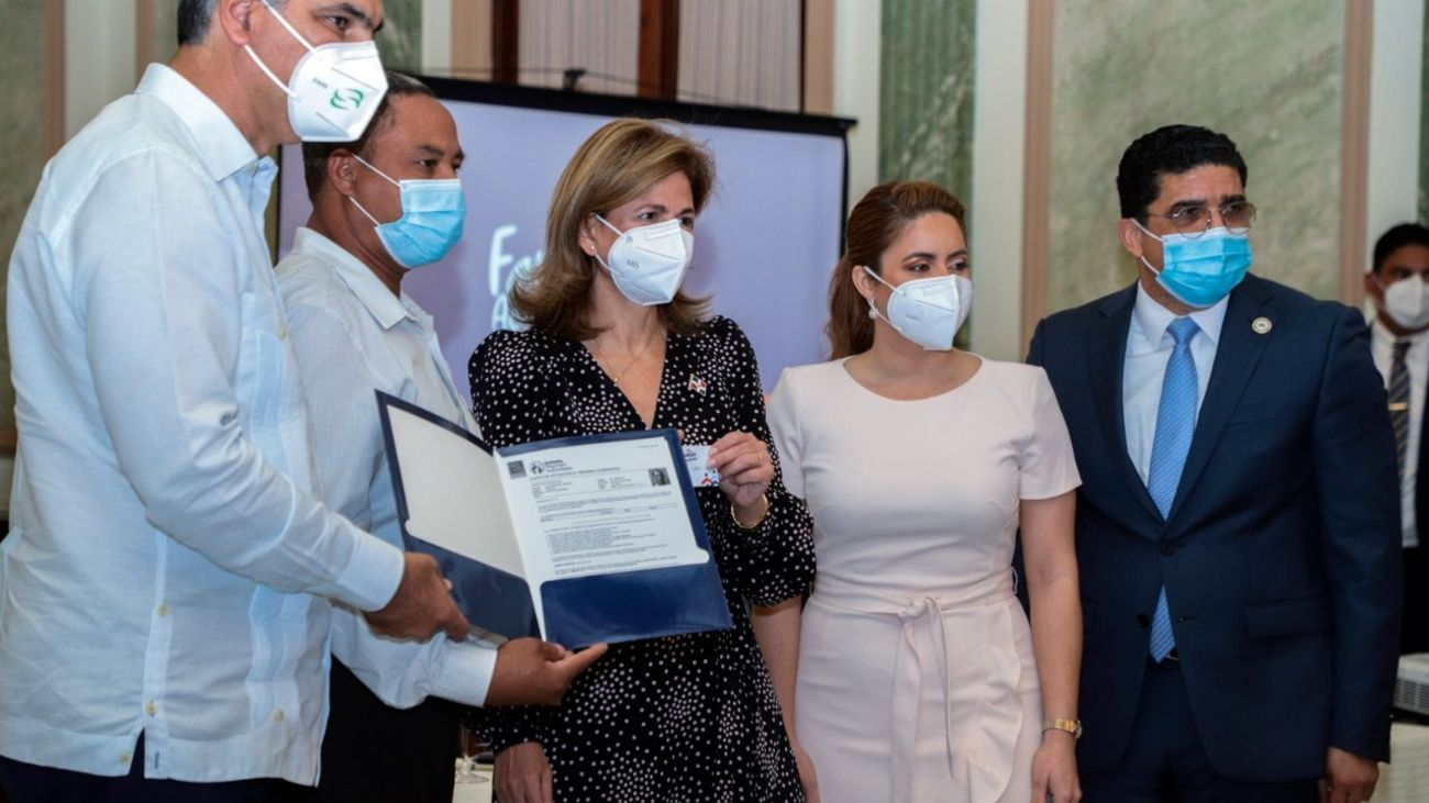 Gobierno presenta programa Familias Acompañadas para afectados por COVID-19