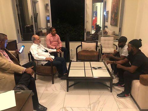 Se encuentra en Embajada Dominicana hermanos secuestrados en Haití. Fuente externa.