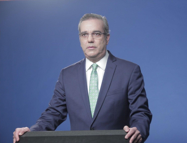 Abinader les pide a sus funcionarios que renuncien si no van a ser transparentes